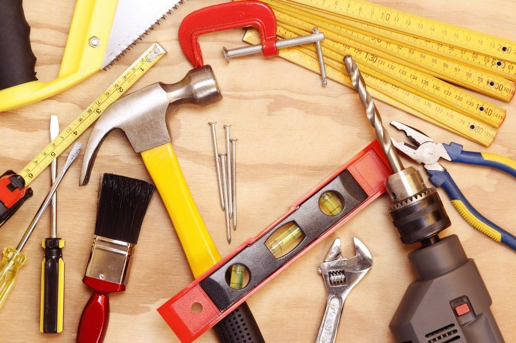 Tips For Safely Handling Tools At Work