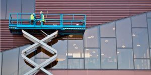 Scissor and Boom Lift Safety: Tips for Reducing Risk and Avoiding Workplace Injury