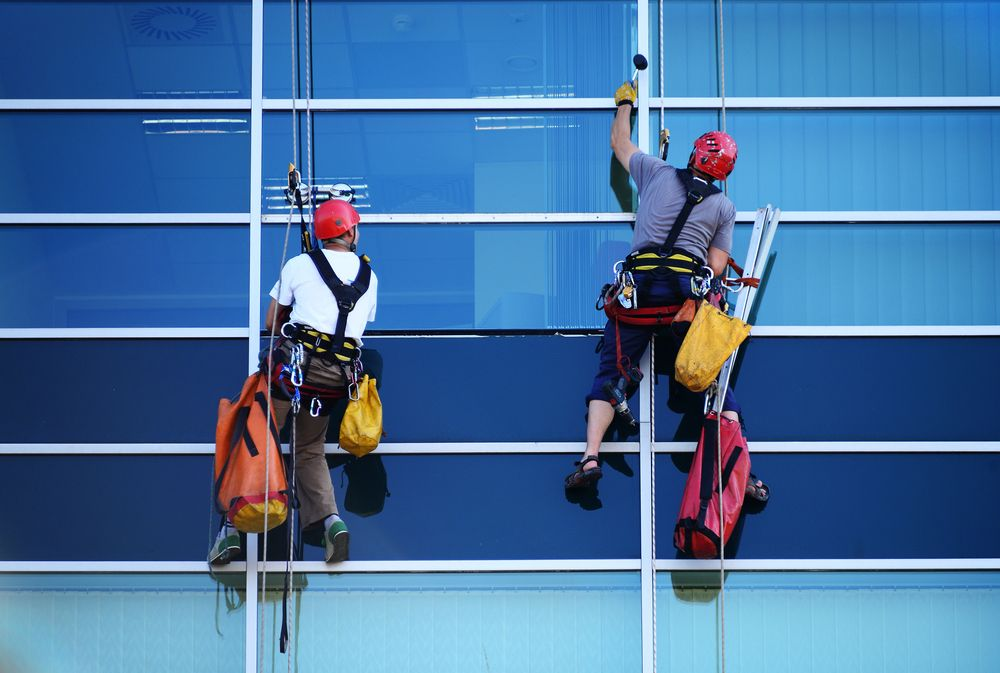 window washers operating at heights