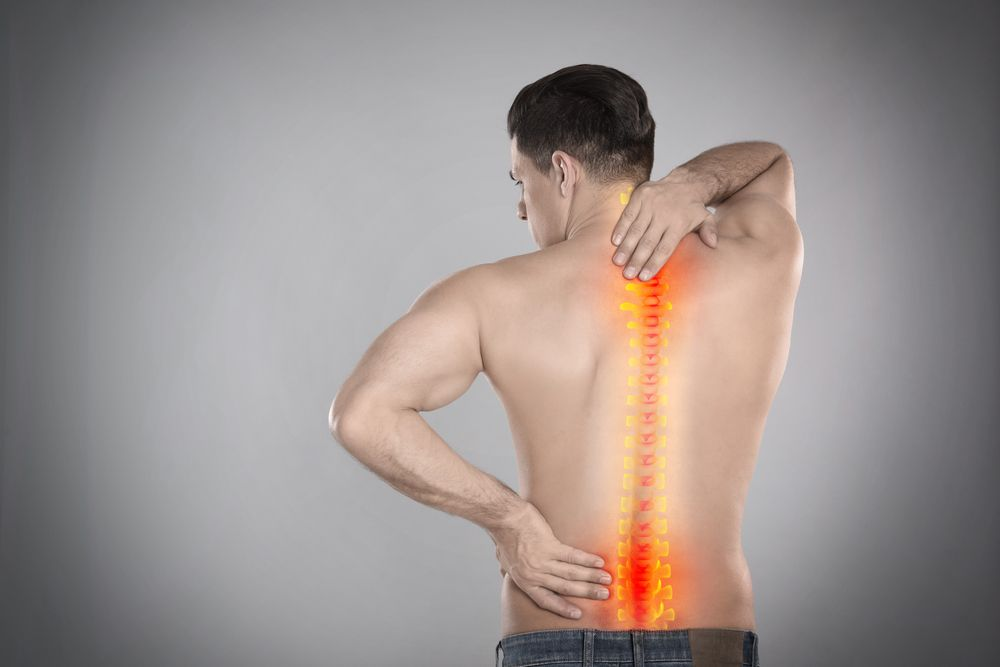 man with back injury