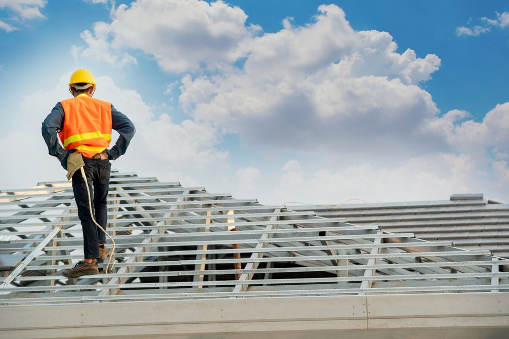 Working at Heights: Fall Prevention & Safety in Ottawa