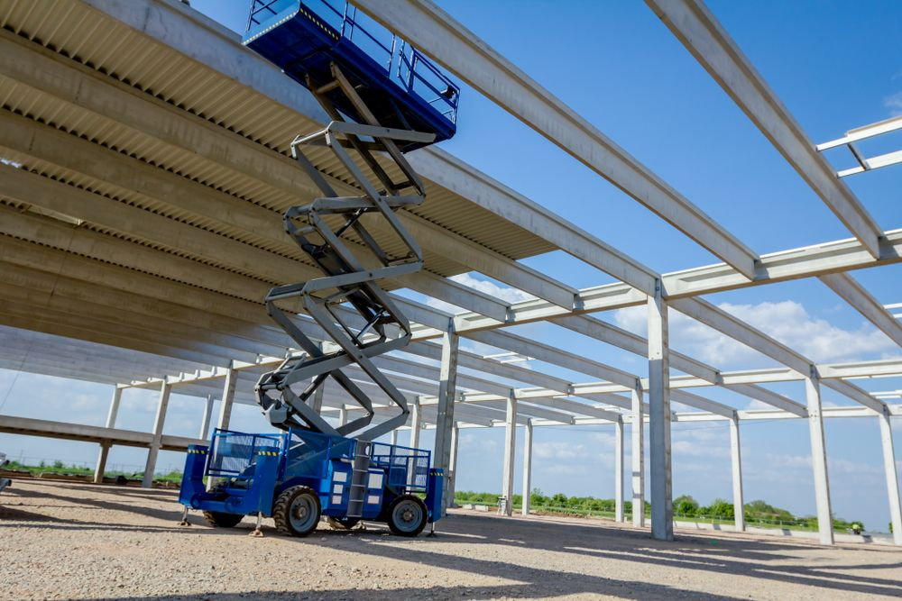 The Importance of Scissor Lift Training and Re-Training